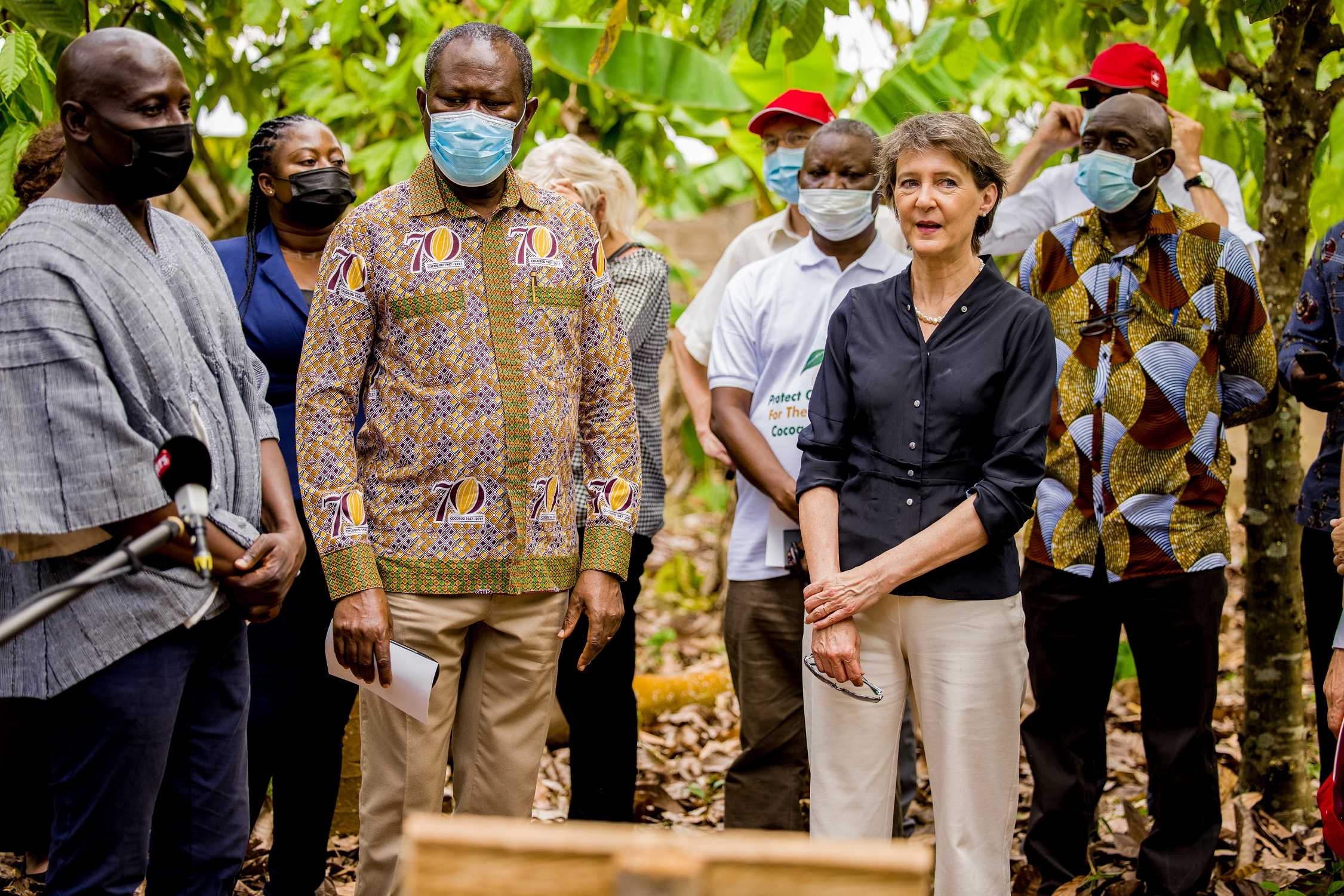 COCOBOD CEO visits organic cocoa farm at YGL